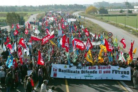 scanzano_protest_23_novembre_2003_a-715354